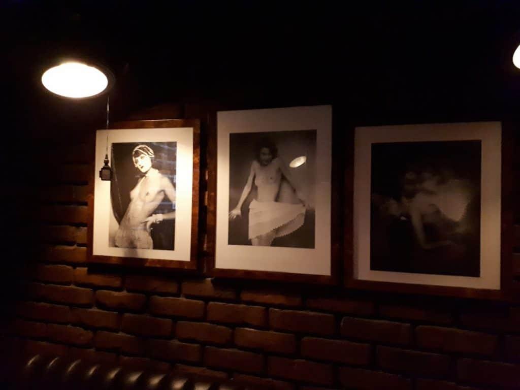 Veldig flott interiør på Pavarotti Bar