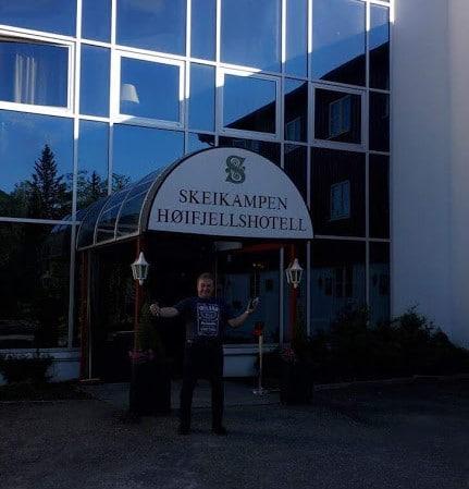 EVO Ray utenfor Skeikampen Høifjellshotell