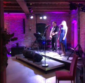 EVO spiller opp til brudewaltz i bryllup på Aurskog